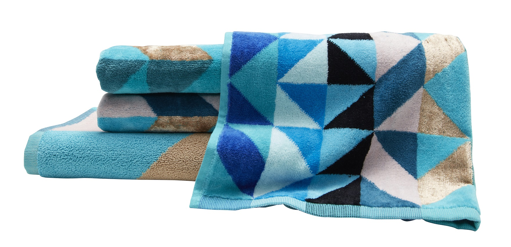Ninnho Peacock Bath Towel Set Designs To Inspire