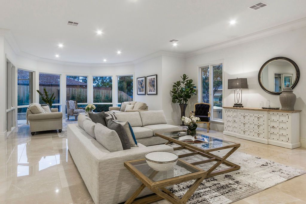 Formal Glen Waverley